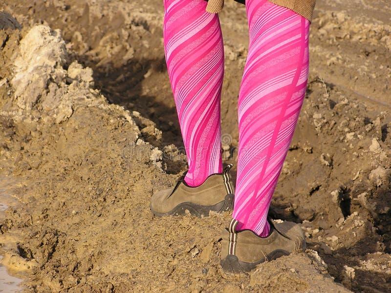 Madame dans la boue image libre de droits