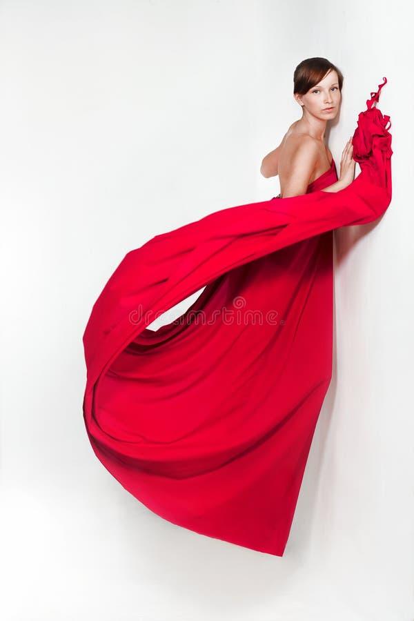 Madame en rouge photographie stock libre de droits