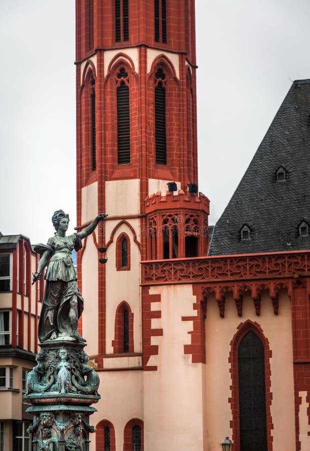 Madame Justice Statue à Francfort Allemagne photo stock