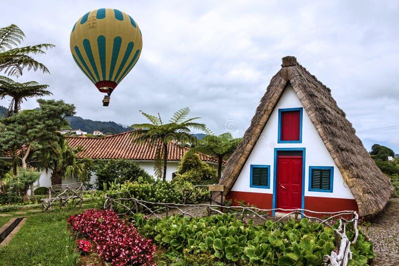 Madeiraö, Portugal Santana lantligt landskap fotografering för bildbyråer