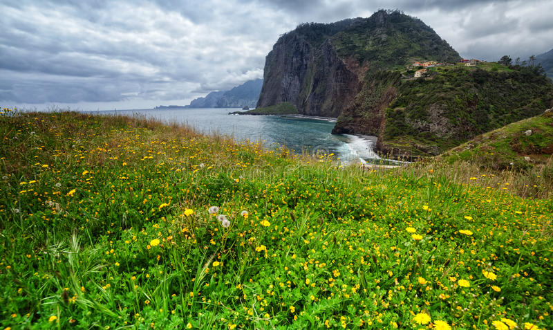 Madeira, costa septentrional, punto de vista de Guindaste fotos de archivo