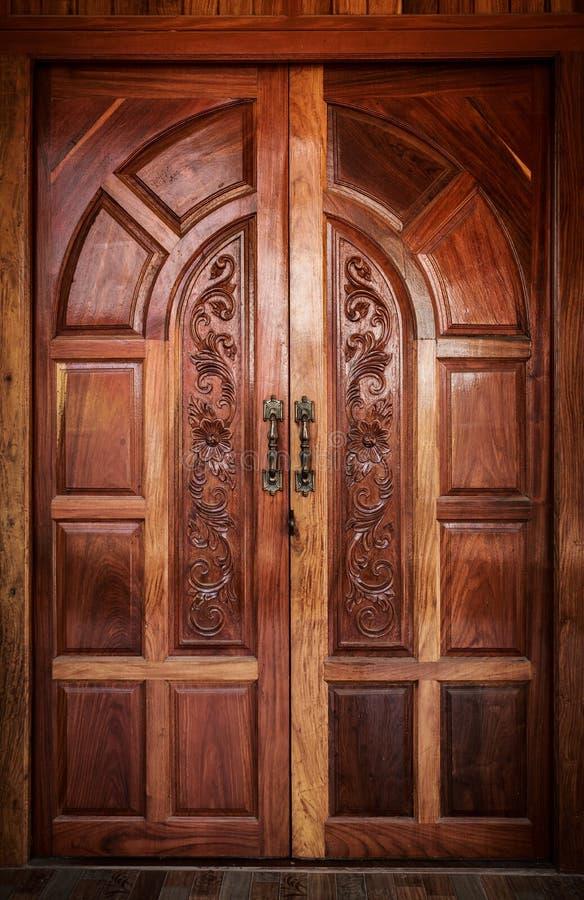 Madeira da porta moderna imagem de stock royalty free
