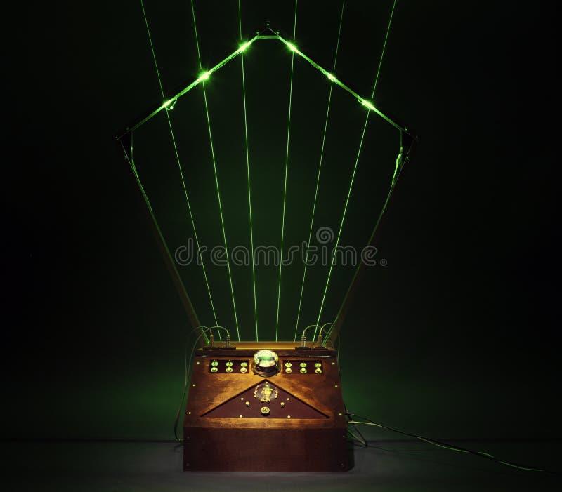 Madeira feito a mão da harpa do laser do DJ imagem de stock royalty free