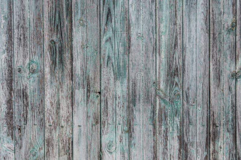 A madeira rústica velha pintou o fundo branco e verde e do azul das cores fotos de stock royalty free