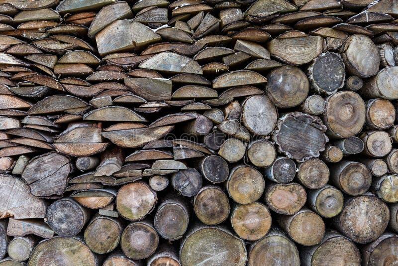 Madeira Spruce no fundo Pilha da lenha imagem de stock royalty free