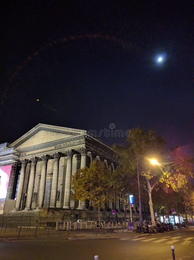 Madeleine vid natt fotografering för bildbyråer
