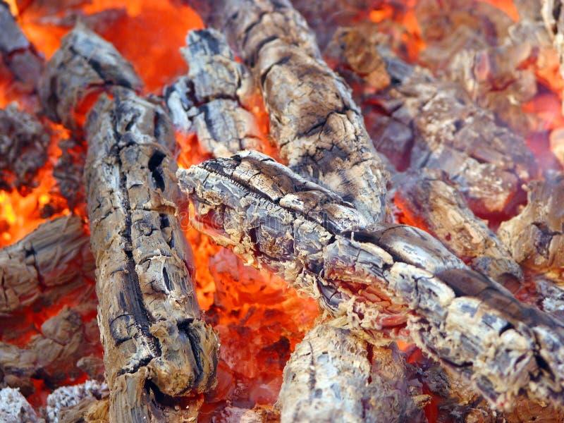 Madera en fuego imagen de archivo