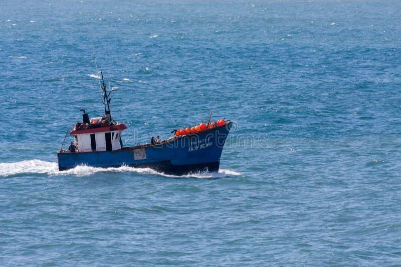 MADERA, PORTUGAL/EUROPE - KWIECIEŃ 10: Anjo Mąci łódź rybacką p obrazy stock