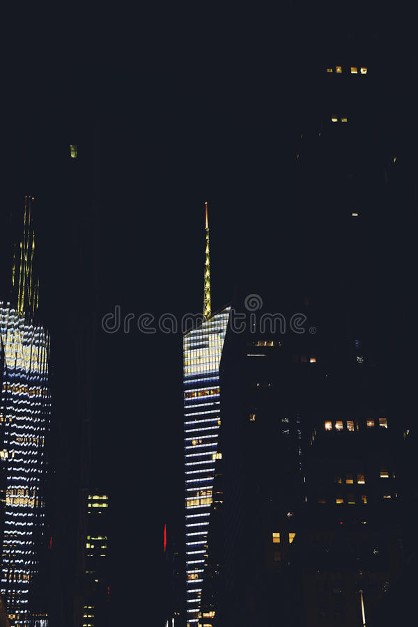 Madison Avenue Manhattan, New York bis zum Nacht stockfotos