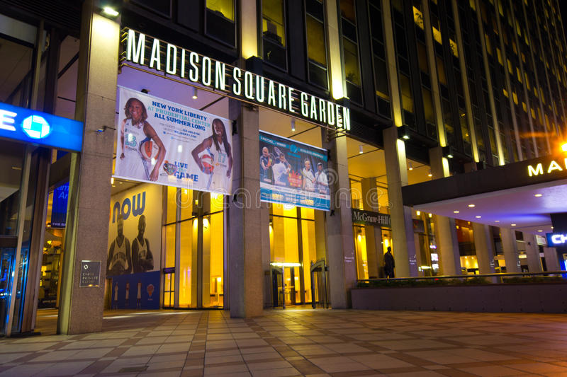 Download Madison Square Garden NYC editorial stock image. Image of states - 26611269