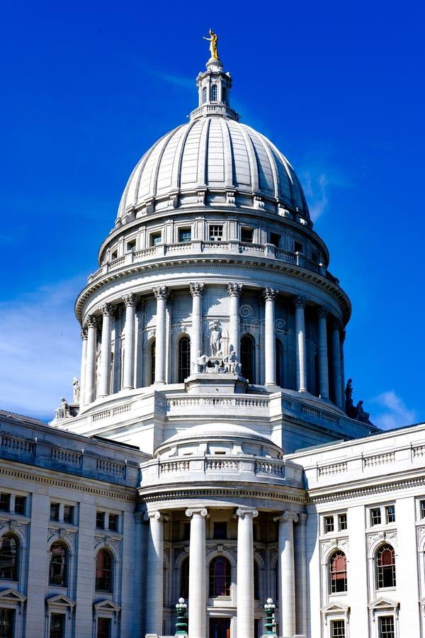 Madison Wisconsin State Capitol Building royaltyfri fotografi