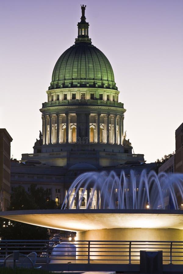 Madison, Wisconsin - Zustand-Kapitol lizenzfreie stockfotos