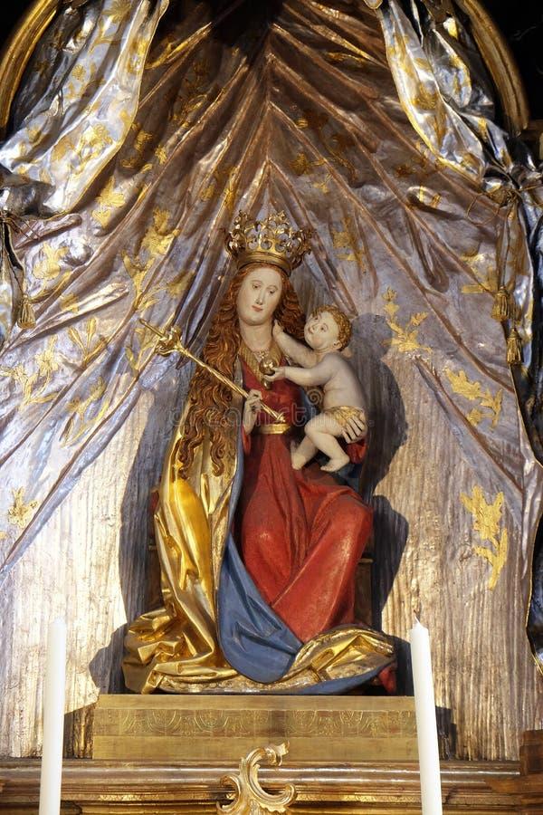 Madonna avec l'enfant J?sus photo libre de droits