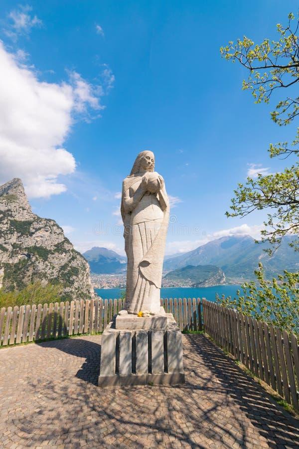Madonna de Pregasina, lago Garda, Itália foto de stock