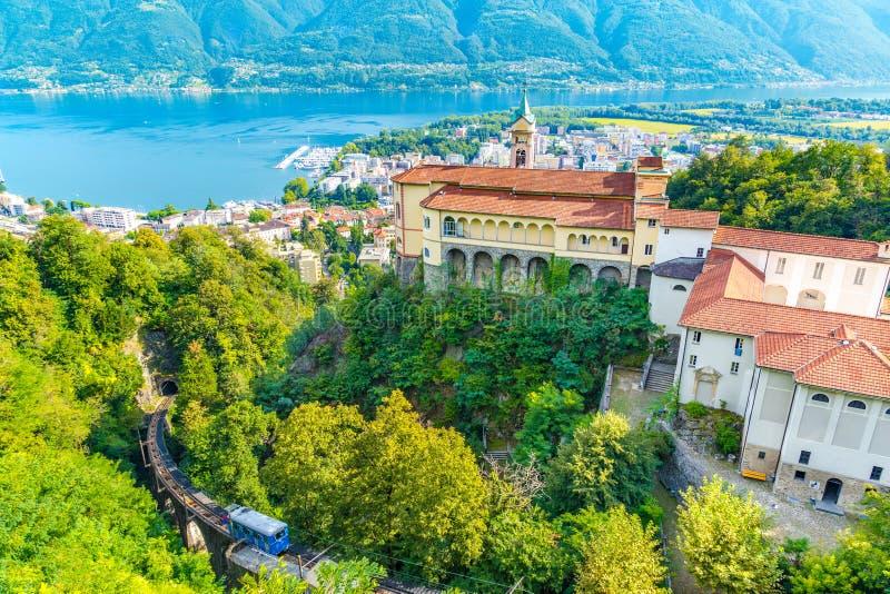 Madonna Del Sasso Church, Locarno, die Schweiz stockbilder