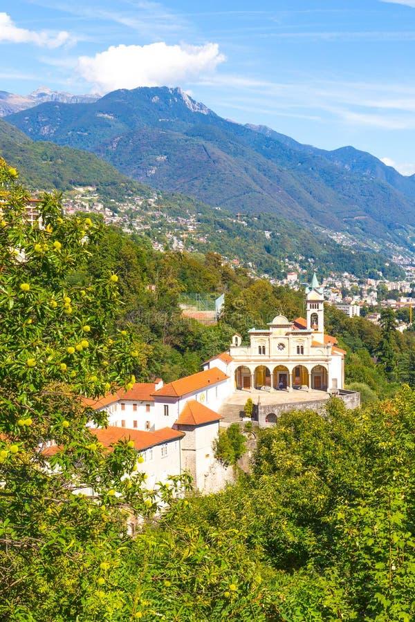 Madonna Del Sasso Church, Locarno, die Schweiz lizenzfreie stockbilder
