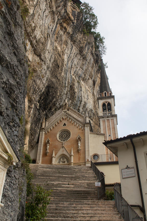 Madonna-della Corona Sanctuary stock foto's