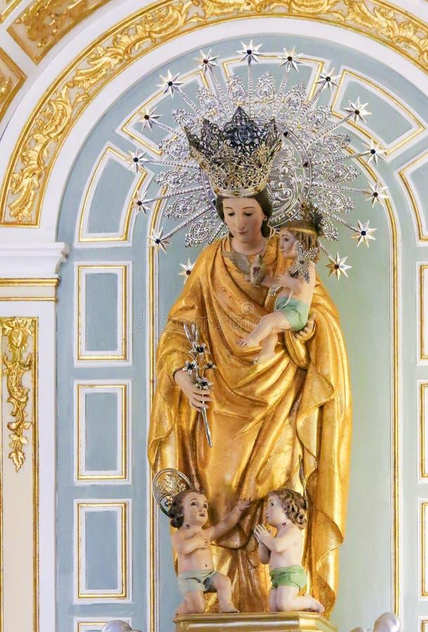 Madonna e bambino Gesù in chiesa di Valencia fotografia stock libera da diritti