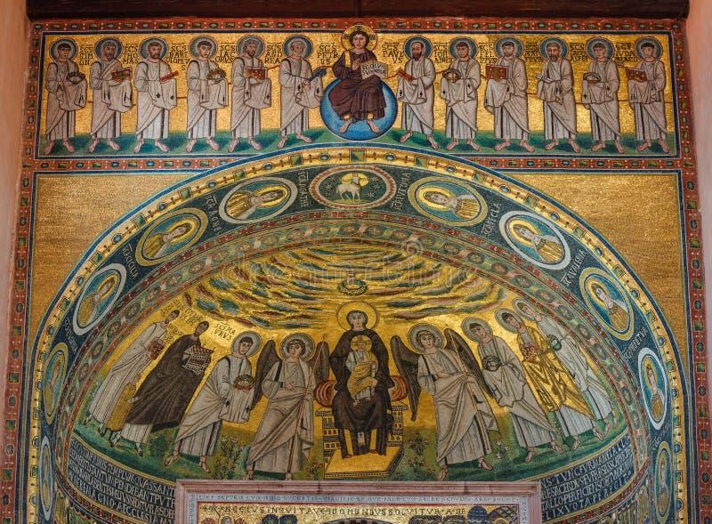 Madonna et l'enfant Mosaïque religieuse sur les murs de la basilique Euphrique de Porec, site classé au patrimoine mondial de l'U photos libres de droits