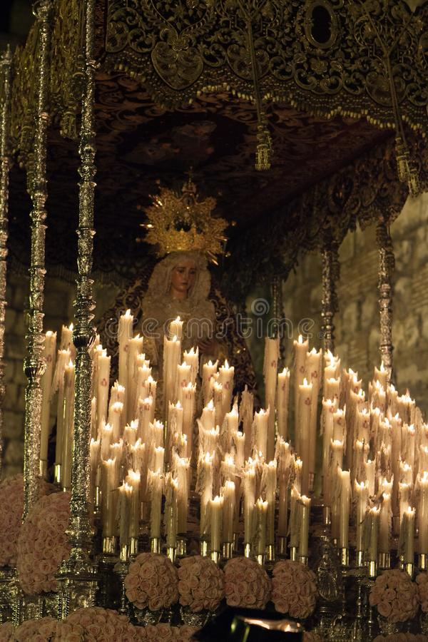 Madonna med stearinljus fotografering för bildbyråer