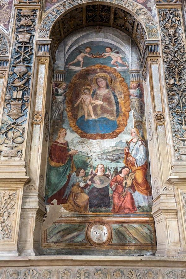 Madonna met het kind door Bonino DA Campione in de kerk van degli Eremitani van Eremitani Chiesa op het graf van Umberto DA royalty-vrije stock afbeeldingen