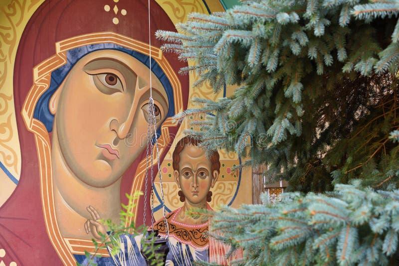 Madonna z dzieckiem, fresk na ścianie kościół, Rosja obraz royalty free