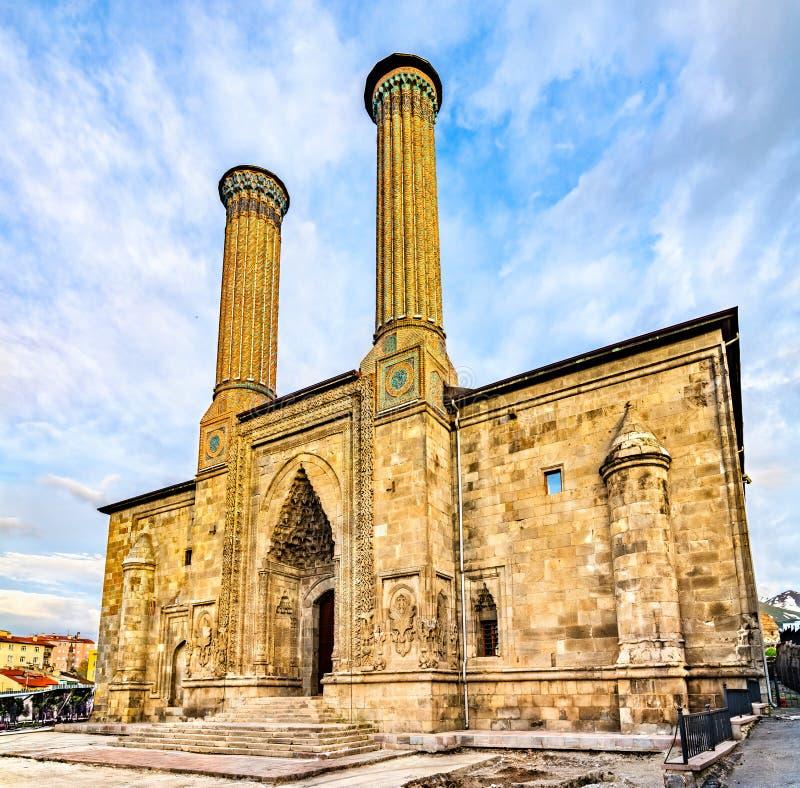 Madrasa gemella di Minaret a Erzurum, Turchia immagini stock libere da diritti