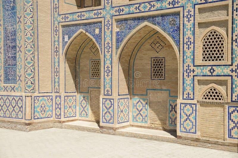 Download Madrasah en Bukhara imagen de archivo. Imagen de mayólica - 41908231