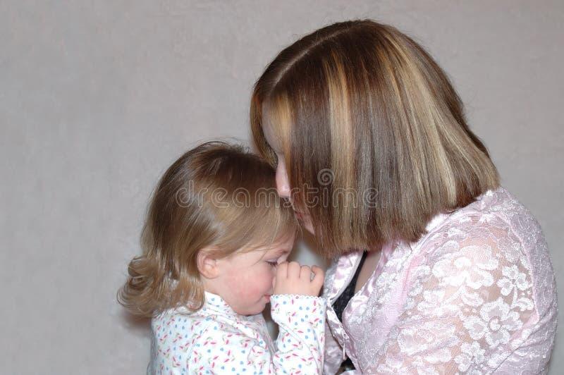 Madre adolescente/sorelle fotografie stock libere da diritti