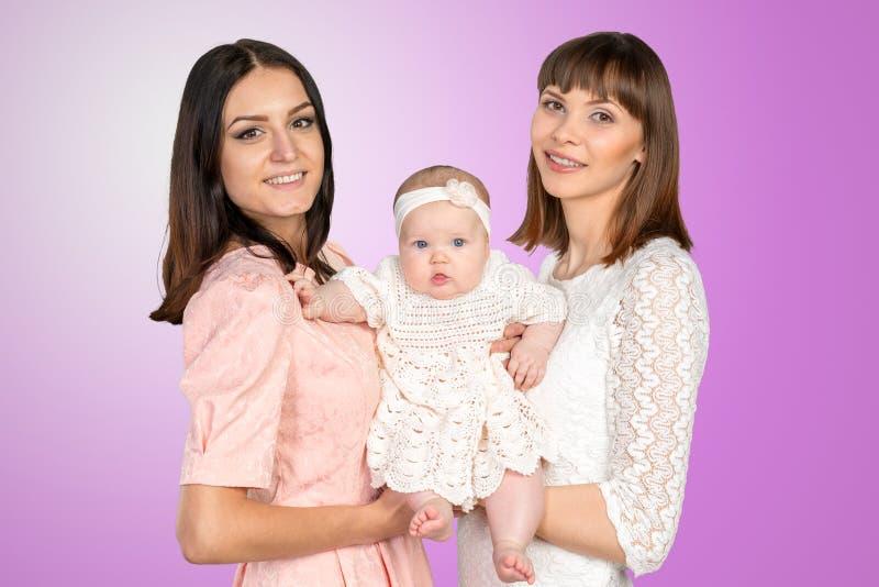 Madre con la hija y la tía imagen de archivo libre de regalías