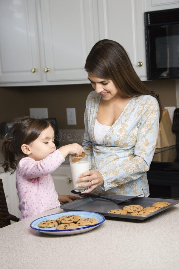 Madre e figlia. fotografie stock