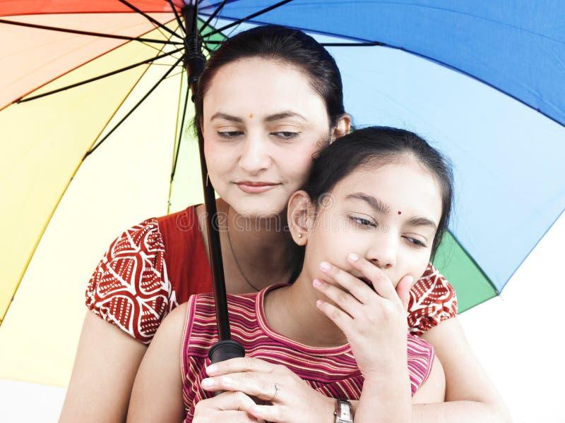 Download Madre e figlia fotografia stock. Immagine di ethnicity - 7321230