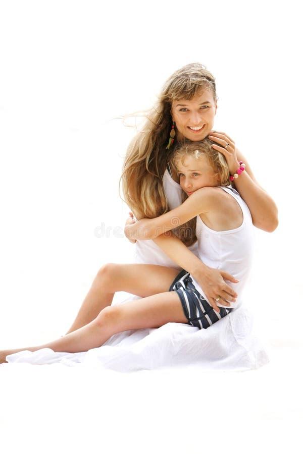 Madre e figlia amorose immagine stock