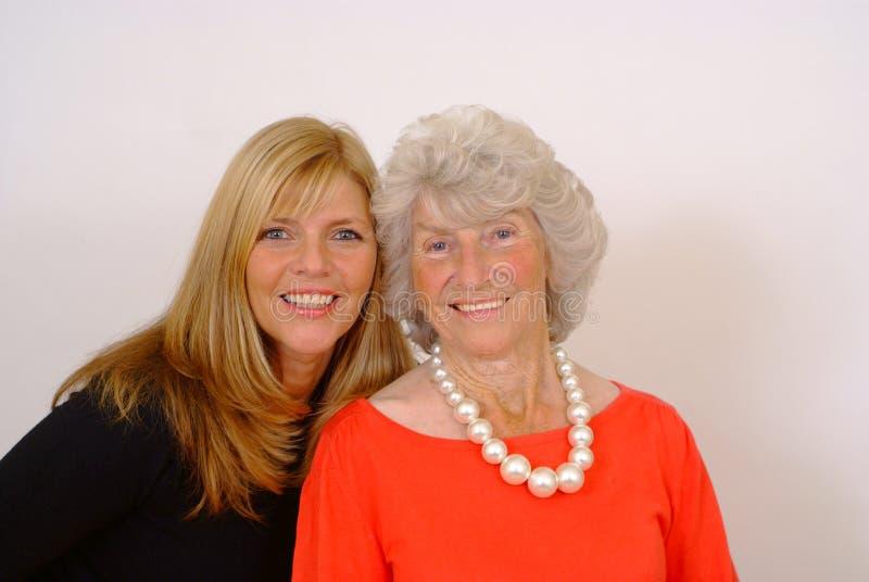 Madre e figlia anziane immagini stock libere da diritti