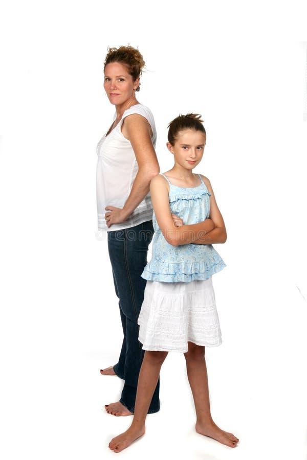 Madre e figlia di nuovo a immagine stock libera da diritti