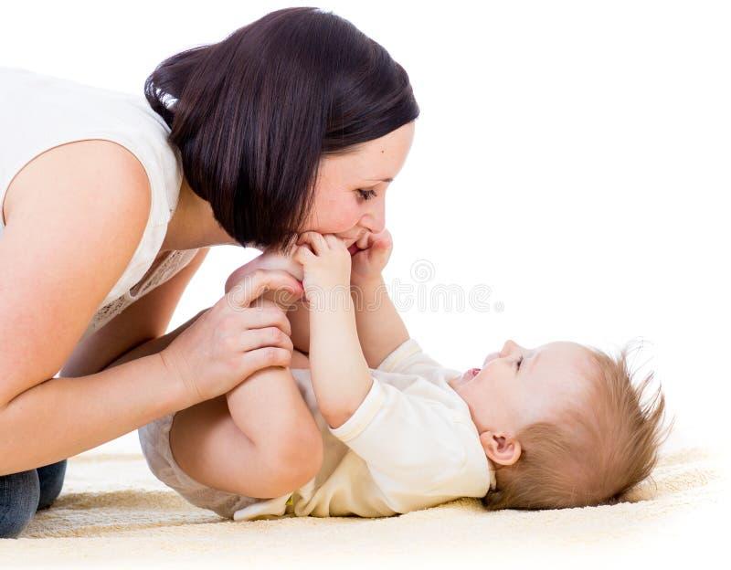 Madre felice con il neonato immagini stock libere da diritti