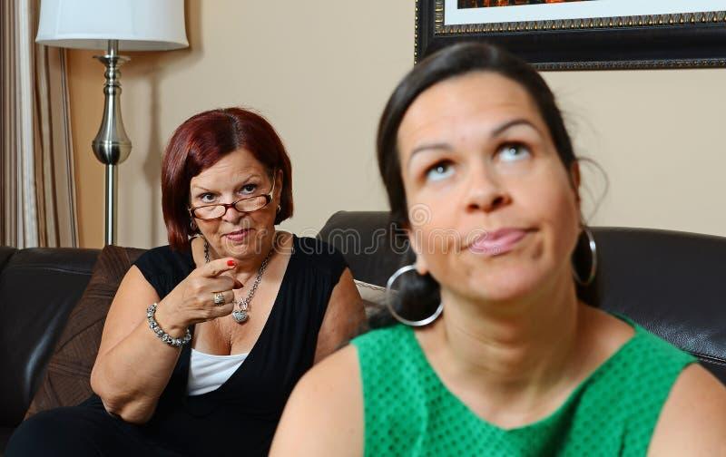 Madre trastornada fotografía de archivo