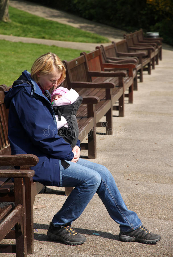 Madre y niño imagen de archivo
