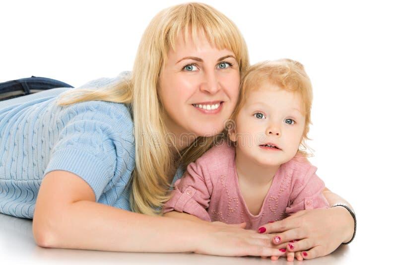 Madre y pequeña hija imágenes de archivo libres de regalías