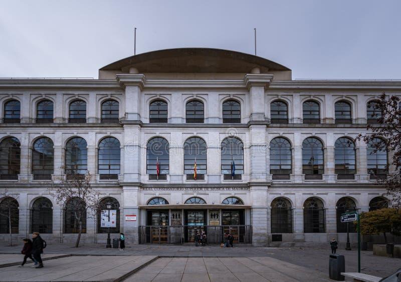Madri, Espanha, em janeiro de 2019: A construção conservadora real do Madri imagem de stock
