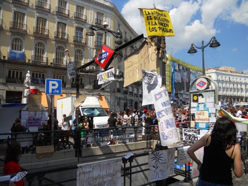 Madrid, demonstratiesystemen bezet het Vierkant van de Sol royalty-vrije stock fotografie