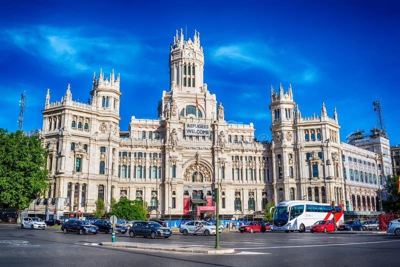 Madrid, Espagne : Cybele Palace, ville hôtel images stock