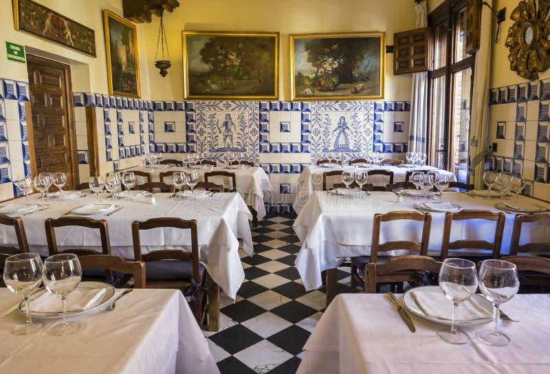 Madrid, Espagne - 9 octobre 2017 : Intérieur de restaurant de Botin images libres de droits