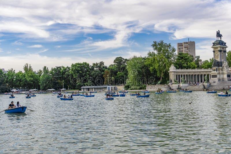 Madrid, Parkrückhaltebecken Spanien-EL Retiro lizenzfreies stockbild
