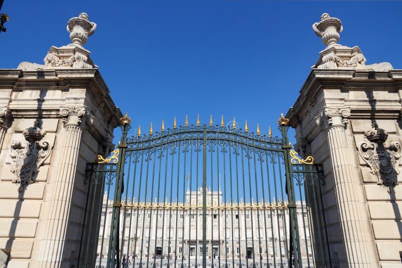 Madrid Royal Palace bloquea foto de archivo libre de regalías