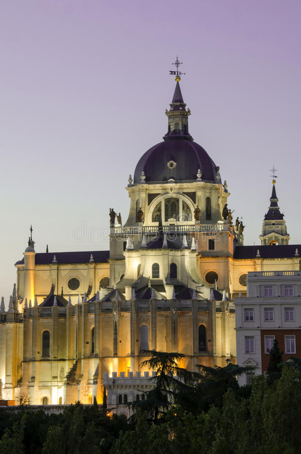 Download Madrid Royal Palace By Sunset Stock Photo - Image: 25963658