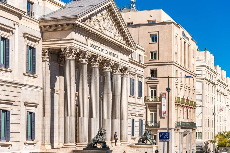 MADRID, SPANIEN - 26. SEPTEMBER 2017: Palacio De-las Cortes oder Betrug lizenzfreie stockbilder