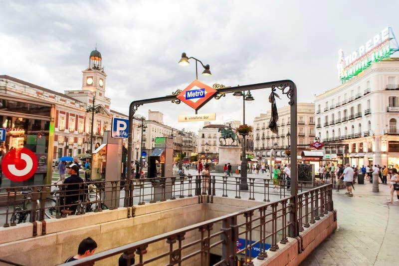MADRID SPANJE - 23 JUNI, 2015: Sol Metro-post Redactionele Foto ...