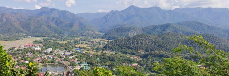 Mae Hong Son sikt med berglandskapnaturen fotografering för bildbyråer