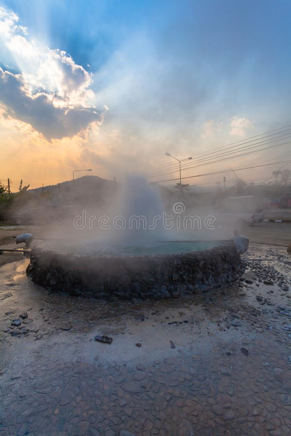 Mae Kajan Hot Spring på Wiang PA Pao Chiang Rai Thailand arkivbild